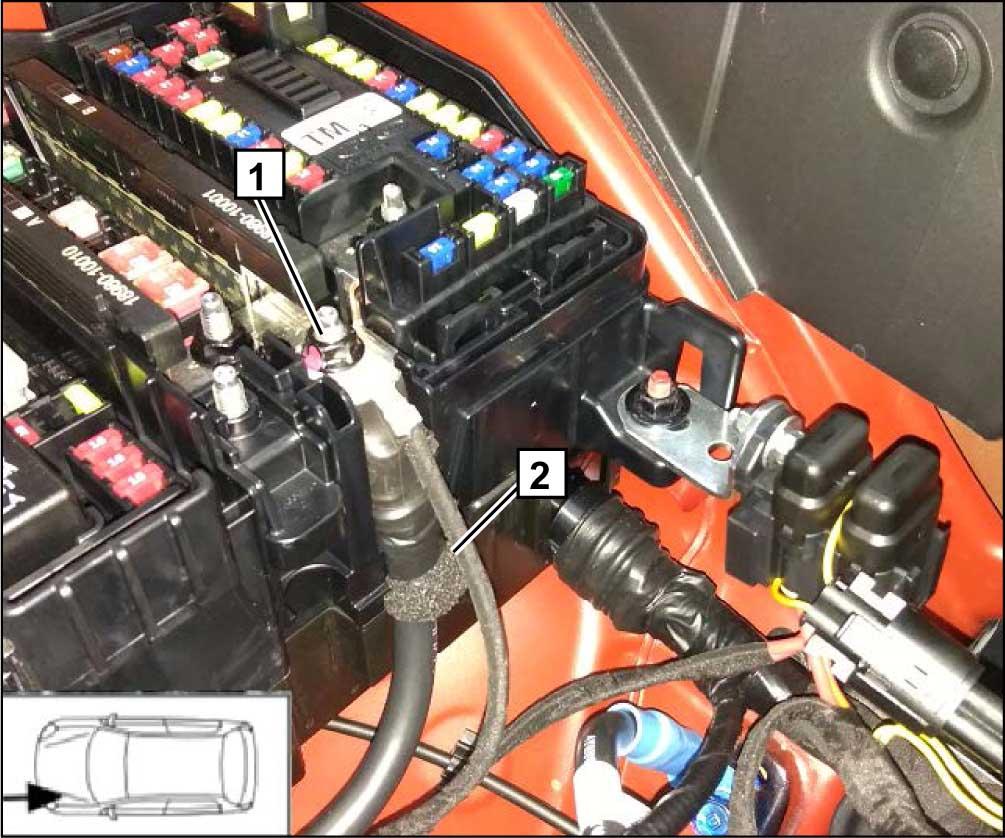 1 Штатная «+» клемма монтажного блока в моторном отсеке автомобиля 2 Плюсовой провод подогревателя