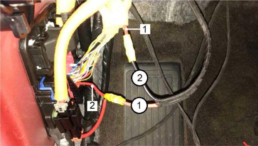 Разрезать красный (rt) провод на достаточном для подключения расстоянии. Провести подключение согласно рисунка: 1 - Часть красный (rt) провода к мотору вентилятора GM 2 - Часть красный (rt) провода от реле GRs