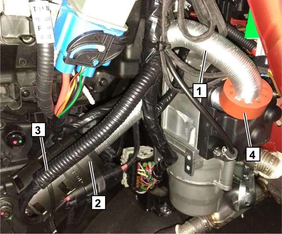 Накрутить воздухозаборную трубку 1 на соответствующий штуцер подогревателя и зафиксировать пружинным хомутом диаметром 25 мм.