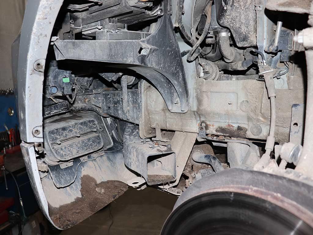 Место установки отопителя BMW E70 X5